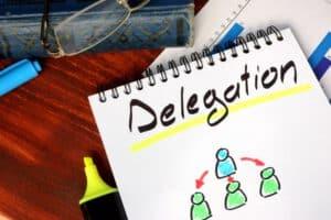 good and bad leadership qualities-delegation