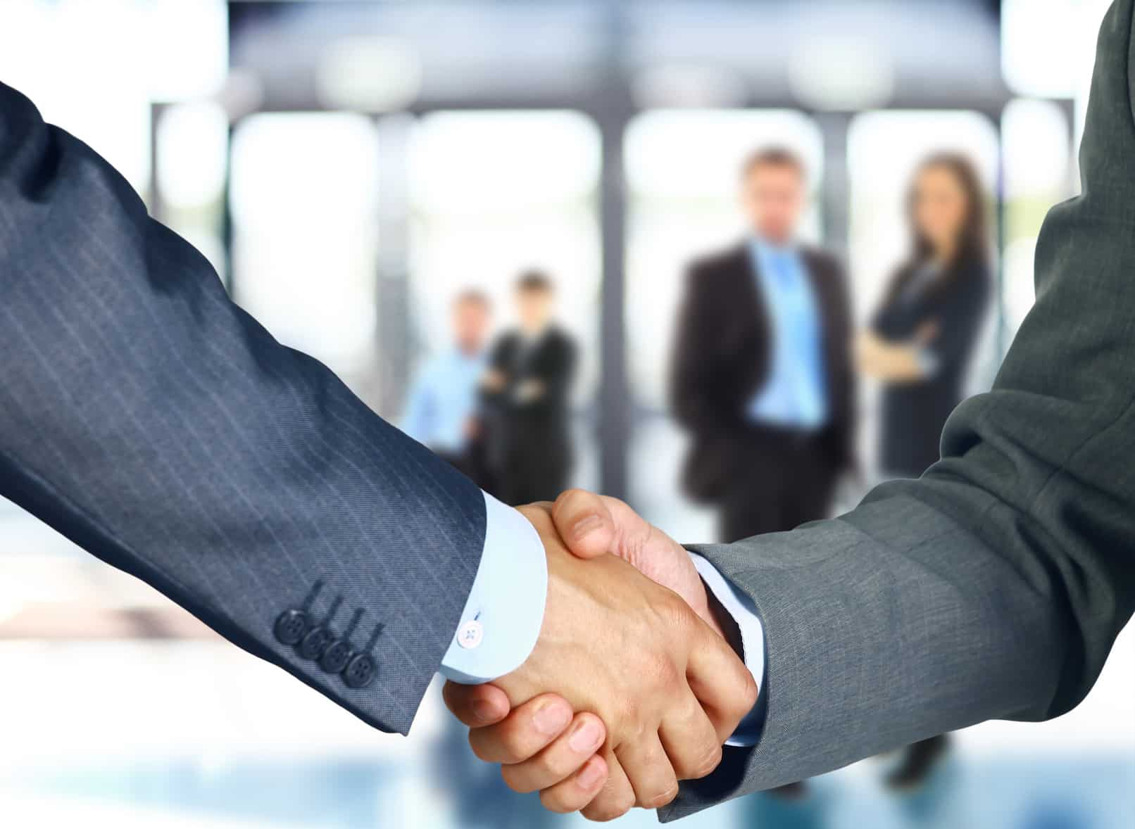Handshake image for Sales Techniques article