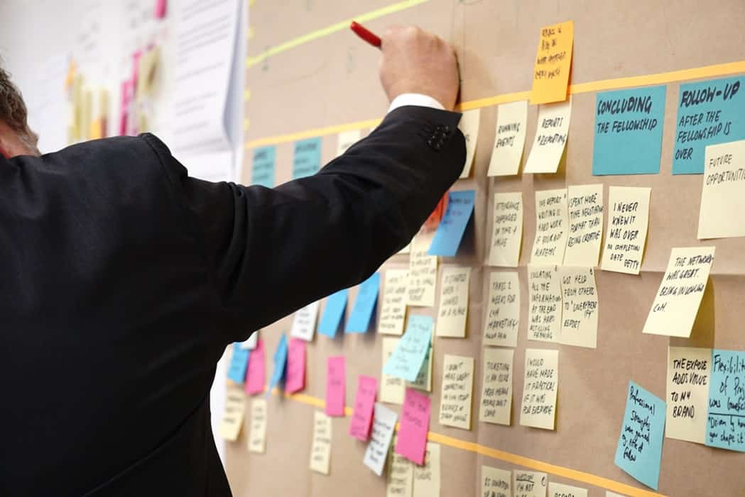 project management - project management training - board of postits planning