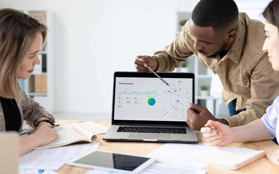 reporting marketing statistics at meeting