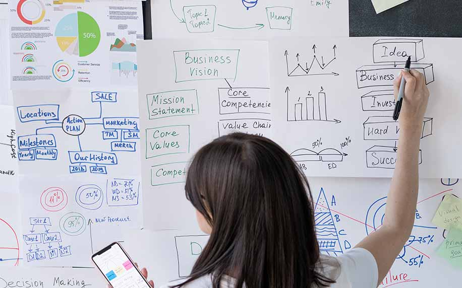 marketer planning win-back strategies to revert customers