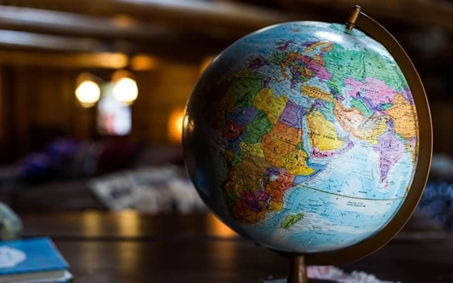 A image of a globe to symbolise geographic segmentation.